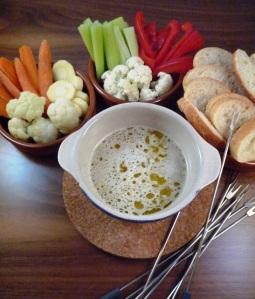 Italiaanse fondue * bagna cauda. Ansjovis, knoflook
